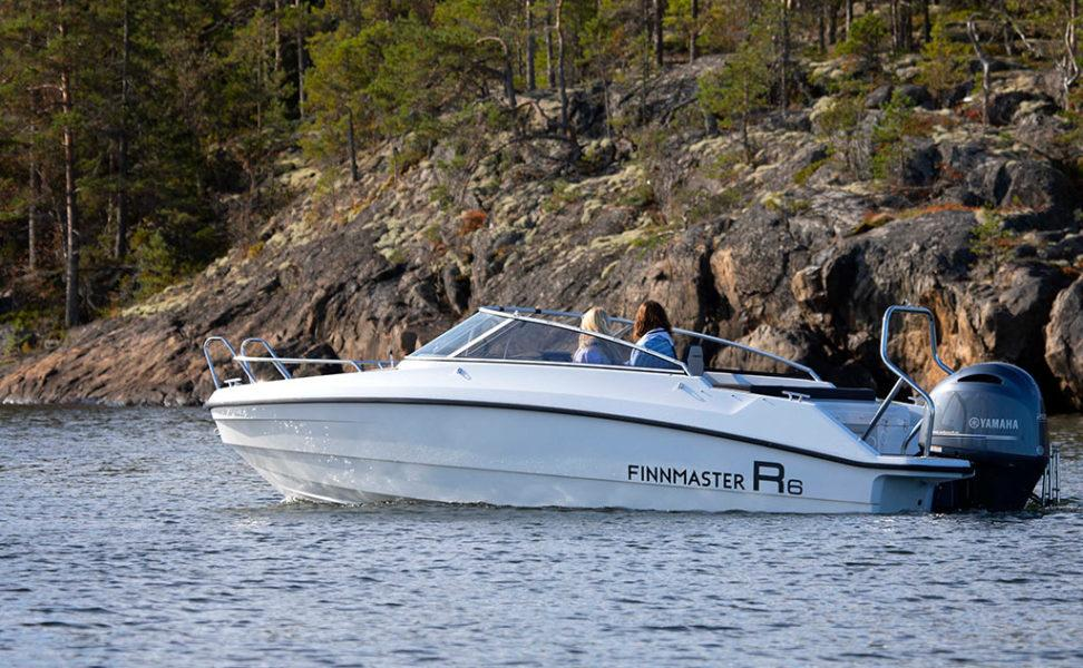 lasikuituinen Boe rider mökkikäyttöön, yhteysveneeksi ja päiväretkille finnmaster R6