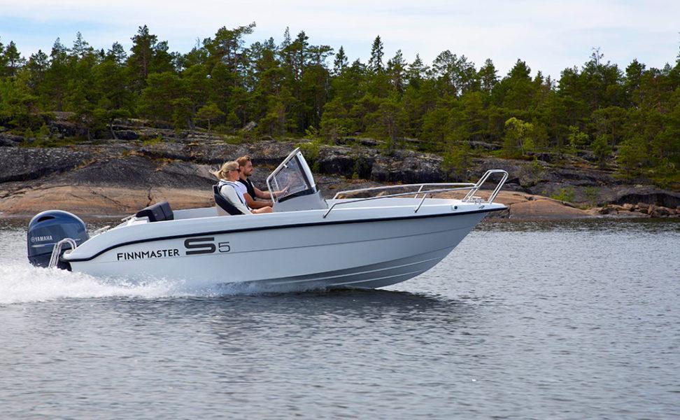Ketterä ja monipuolinen pulpettivene Finnmaster S5